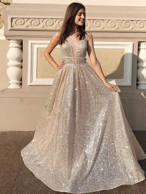Elegant Sequined Gorgeous Long Evening Dress